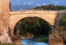Ponts anciens / Ce tableau est destiné à montrer les plus beaux ou les plus anciens ponts de France.