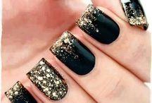 Nails / by Valeria Elizabeth