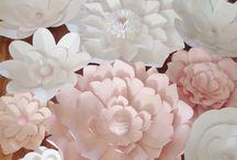 Grandes fleurs de papier