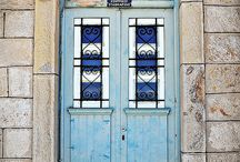 cristaleras y puertas