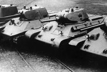 World War 2 Tanks (1939-1945) / World War 2 (WWII) German and Soviet (Russian) tanks. Tigr, Panther, PZ IV, PZ III tanks. T-34, KV, IS, ISU tanks.