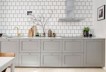 Light Kitchens