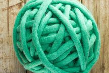+ Huge Yarn + / Our full collection of super chunky yarn