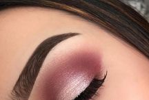 Burgundy eyeshadows