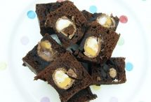 Easter Treats / Recipes, images and ideas for amazing treats to make with the family over Easter :)