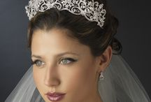 Bridal Headpieces Veils and Combs / The most stunning, elegant bridal hair accessories.