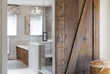 DOORS / A collection of stunning farmhouse and DIY door makeovers