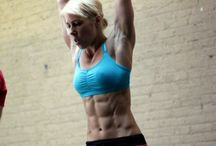 Inspiration  / Chicks with ripped bods that we all want to look like!