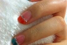 Nail Designs & Make-ups