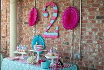 Party Ideas / by Runa .