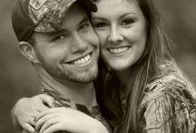 Engagement pictures ideas / by Sierra Allen