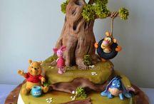 pooh bear cakes