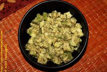 Andhra Pickles and Podis / This is a collection of recipes from Andhra Pradesh for its famous pachadis (chutneys), podis (dry chutney powders), and uragayalu (pickles).