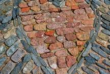 Bricks & Tips / Brick, bricks, Tips
