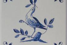 Delfs blauw / Art - opdracht 3e periode Minstens 5 verschillende delftsblauwe tegels.