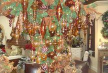 A creative Christmas.... / by Laura Norton-Busuttil