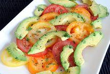 salads & dressings / by Rachel Blazer