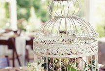 Wedding Themes | Lovebirds / Inspiration for the perfect bird inspired wedding. Ideas for Garden Weddings, Vintage Weddings, Romantic Weddings
