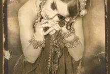 Like A Gypsy / by Marcella Campos