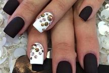 Nails/Νύχια