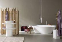 Muebles para el Baño / Modernos de diseños de muebles para el cuarto de baño. Colecciones de las mejores marcas y diseñadores de lavabos, bañeras, espejos,... para crear conjuntos prácticos y elegantes.