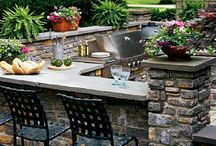 Outdoor Kitchens / by Kristi Porter Reddin