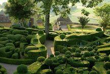 Simply Amazing Gardens / Gardens that take my breath away