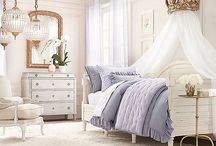 A little girl's bedroom