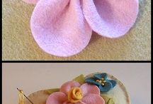 Felt Fabric Flowers Crafts / by Mary Krause
