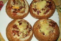 MAGYAR KONYHA - Hungarian Kitchen / *http://www.grocceni.com/magyar.html **http://www.nosalty.hu ***http://rantotthuswokban.bmintbalazs.com/sutotok-sutese ****http://www.hazipatika.com/receptek *****http://www.medimix.hu/dietadb.php - Diéta adatbázis *******http://www.gasztroangyal.hu - Borbás Marcsi oldala ********https://www.facebook.com/groups/145632445500878/?notif_t=group_r2j_approved ## https://hu.pinterest.com/danmaya1370/zöldségekből-készült-ételek/