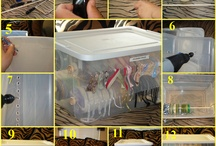 CRAFT ROOMS AND STORAGE IDEAS / by Betty Escobar