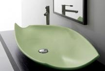 Color in Bathroom - Colore in Bagno / Vasto assortimento di sanitari,lavabi e piatti doccia colorati.