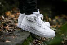 "Nike Air Force 1 Mid 07 LV8 ""White"" (804609-100)"