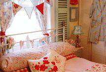 Bedroom Ideas / by Jillian Langford