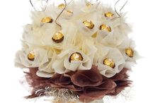 Stunning Chocolate Bouquet ideas / Candy Bouquets using Ferrero Rocher, Lindor Lindt and other great chocolate brands