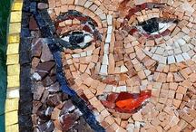 Caras en mosaico
