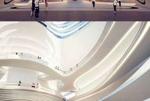 Futuristisk bygg