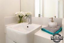 Bathroom Inspiration / Bathrooms and Powder rooms