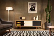 Retro-Möbel im skandinavischen Design der 60er Jahre / Originelle Sideboards, Hocker & Couchtische im skandinavischem Design der 60er Jahre von dem Label Oot-Oot