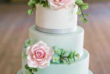 Cakes / by Heidie Moss
