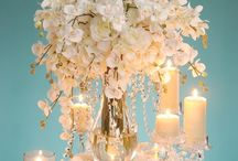 Centerpieces we Love / For inspiration, we've picked some centerpieces tht we feel will look absolutely beautiful in the Mauch Chunk Ballroom