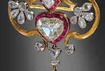 Jewelry / by Stephanie Bevan