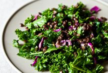 Green with Envy - Salads / by Sue Foggy Vegan Ⓥ