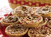 pies & tarts / by The Little White Kitchen (Michele Bowman)