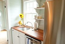Tiny kitchen / by Fanny Pan