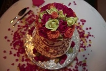 Beautiful Wedding Cakes I've Shot / by Cathy Speight