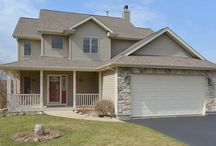 """Fantastic location in Wonder Lake / Live in this """"top of the hill"""" home at 3919 Twin Oaks Dr., in Wonder Lake, IL 60097  http://goo.gl/viYbxx"""