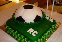 Bolos Decorados / Confira aqui as últimas tendências na decoração de bolos. Veja as nossas fotos de bolos decorados e delicie-se!