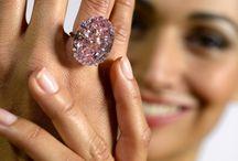 Jewelry Highest Bid / by Lynn Hagedorn