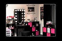 Makeup Studio / by Melissa